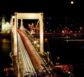 Budapest éjszaka (Fotó: anee.baba - Flickr.com)